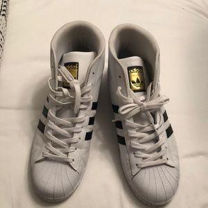 men's adidas pro model white sneakers
